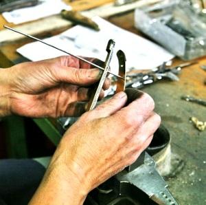 assemblage des platines du couteau