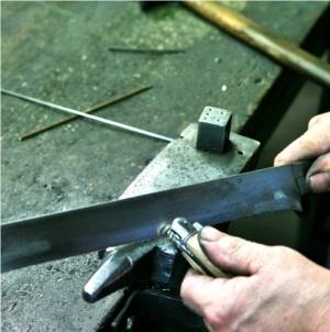 ajustage des plaquettes avec la mitre avant
